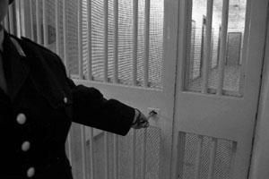 Empoli, il carcere vuoto due agenti, zero detenuti